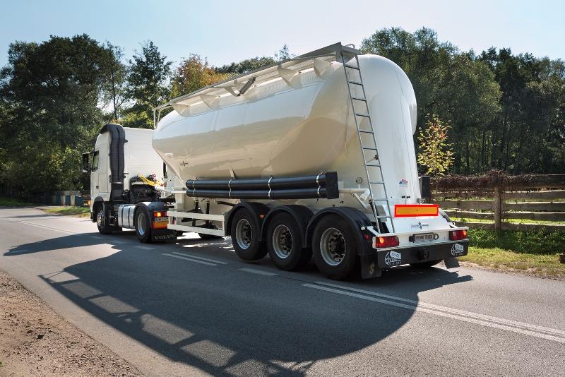 Перевозка насыпных и наливных грузов