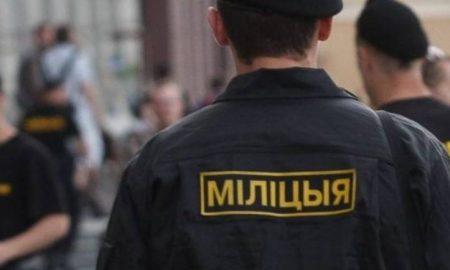 милиционеров пересаживают на велосипеды в Минске - фото