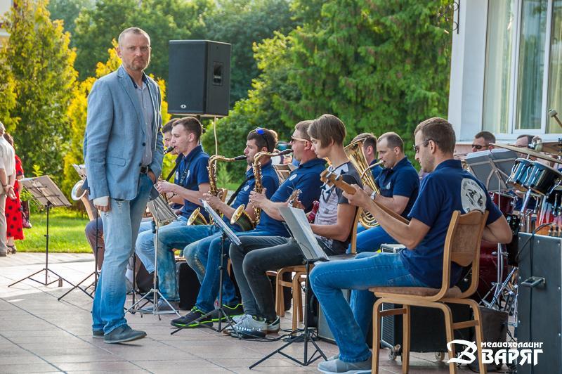 Агиевич и оркестр - фото