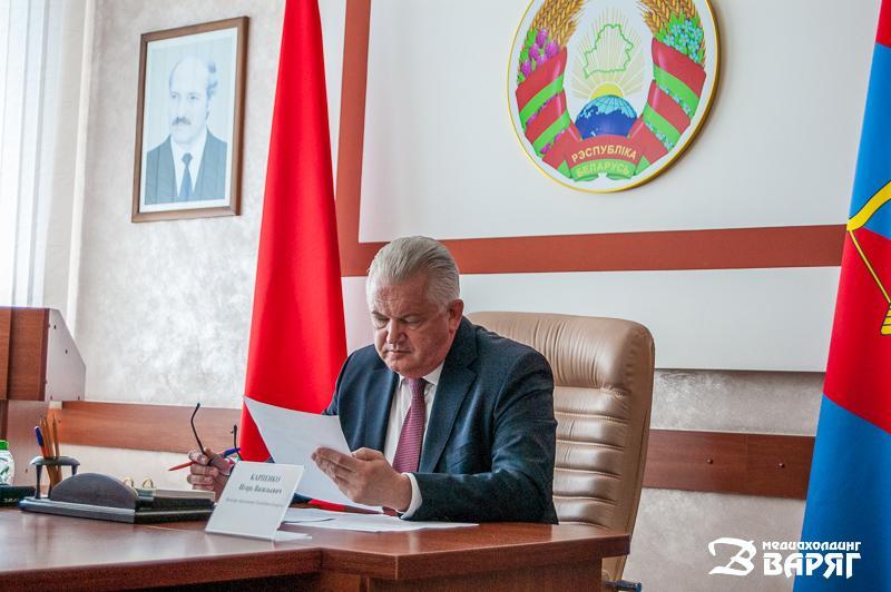 министр образования Игорь Карпенко - фото