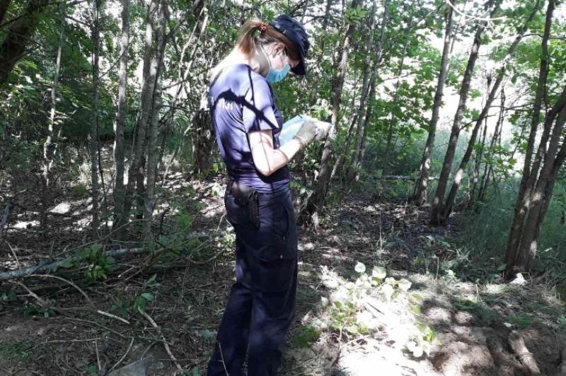 Лунинецкий район: мужчина убил знакомого и закопал тело в лесу - фото