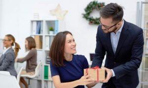 корпоративные подарки - фото