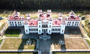 Дворец Пусловских в Коссово - фото