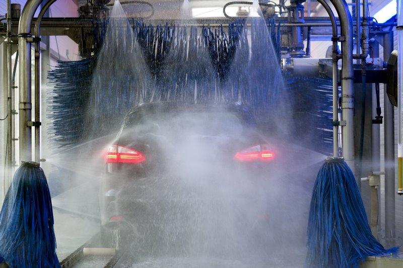 где помыть автомобиль в Минске - фото