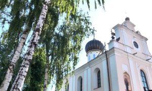 Церковь - фото