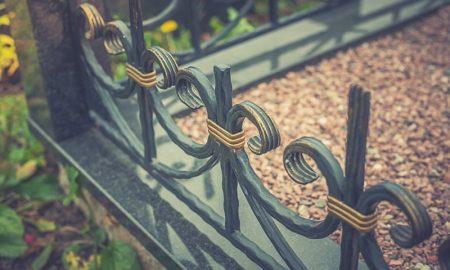 кованые ограды на могилу - фото