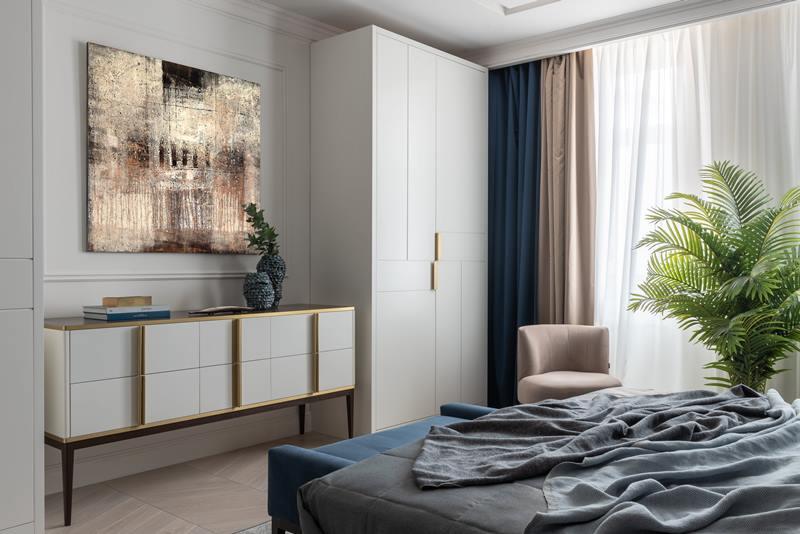 Мебель с металлическими вставками - фото, спальня