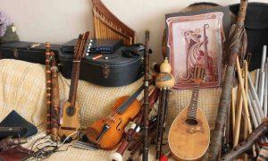 скупка музыкальных инструментов - фото