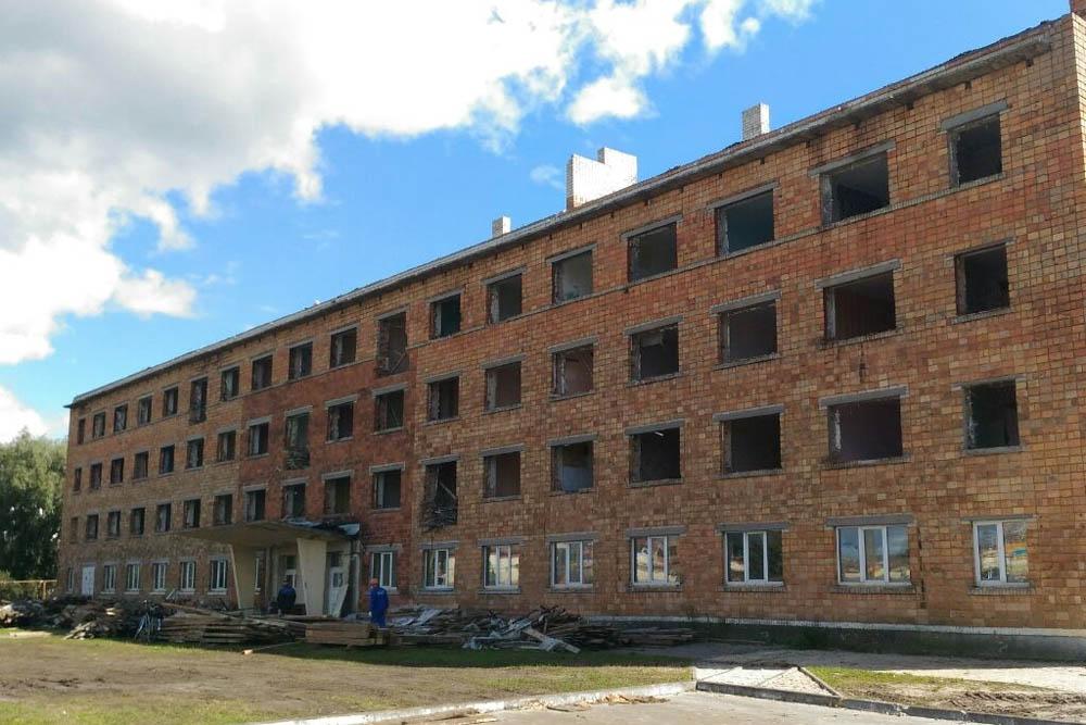аварийное сооружение на ул. Железнодорожной в Пинске