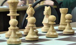 Шахматы - фото