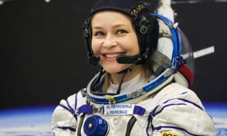 впервые в истории полетели в космос снимать кино, фото