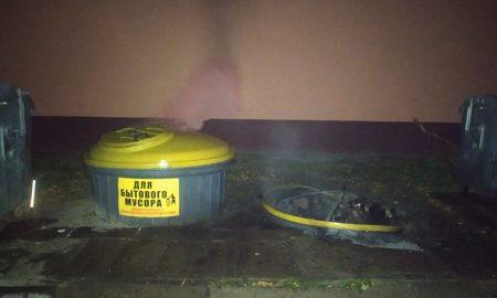 поджигатели мусорных контейнеров в Пинске задержаны, фото УВД